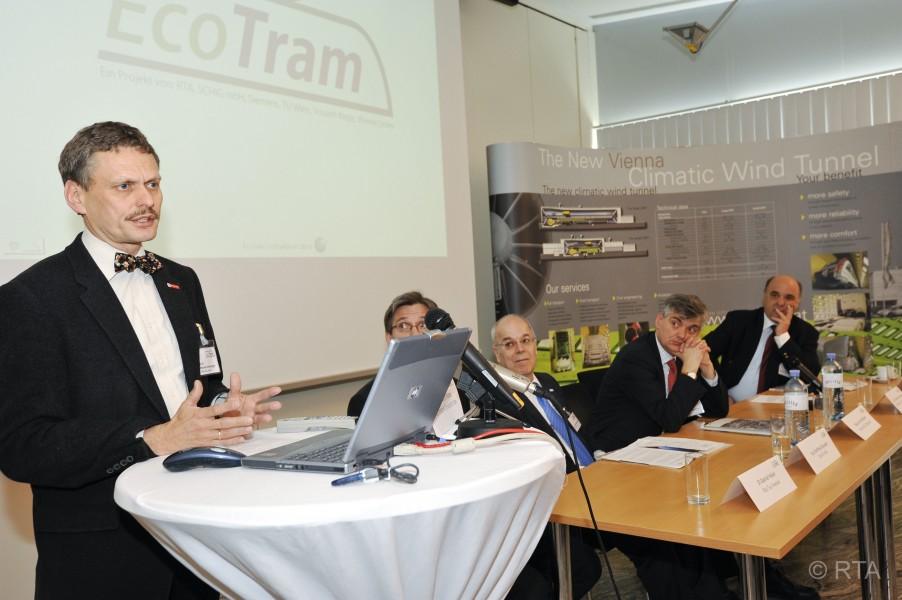 Ecotram026